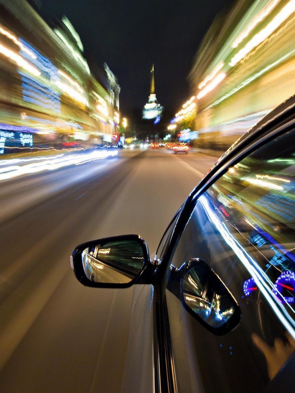 Car Logo Hd Wallpapers 1080p 夜景中的跑车 锁屏图片 高清手机壁纸 汽车 回车桌面