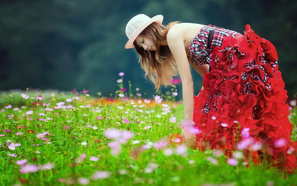 Cute Cute Hd Wallpapers 花丛中的女孩 高清壁纸图片 清纯美女 回车桌面