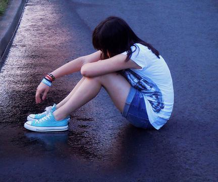 Sad Crying Girl Wallpaper Hd 唯美拥抱图片 回车桌面
