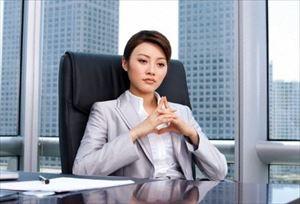 一生専業主婦or一生会社員、どっちが幸せですか?