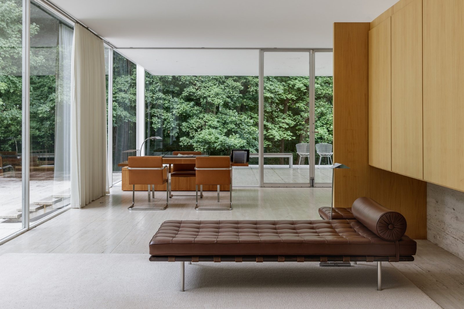 Ludwig Mies Van Der Rohe Farnsworth House By Ludwig Mies Van Der Rohe Up Interiors