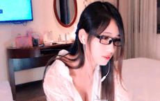 Avgle gái xinh hàng tuyển lồn đẹp cực nét sex hot 69