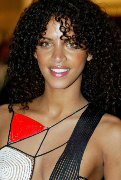 Article Furniture Reviews Noémie Lenoir – Mediatly