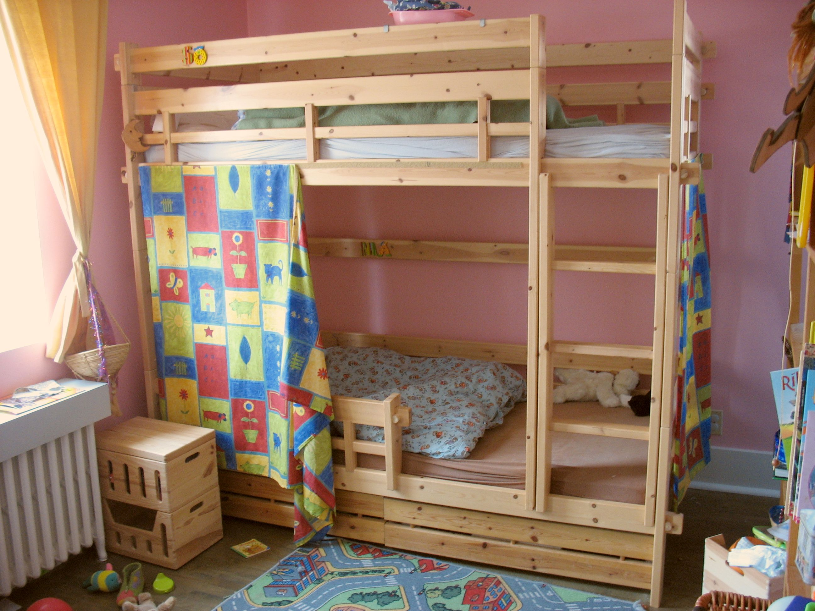 Childrens Beds With Pull Out Bed Underneath Bunk Bed Wikipedia