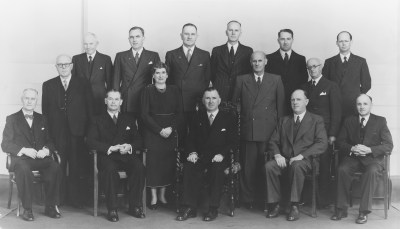 Datei:New Zealand National Party, Prime Minister and Cabinet, 1951.jpg – Wikipedia