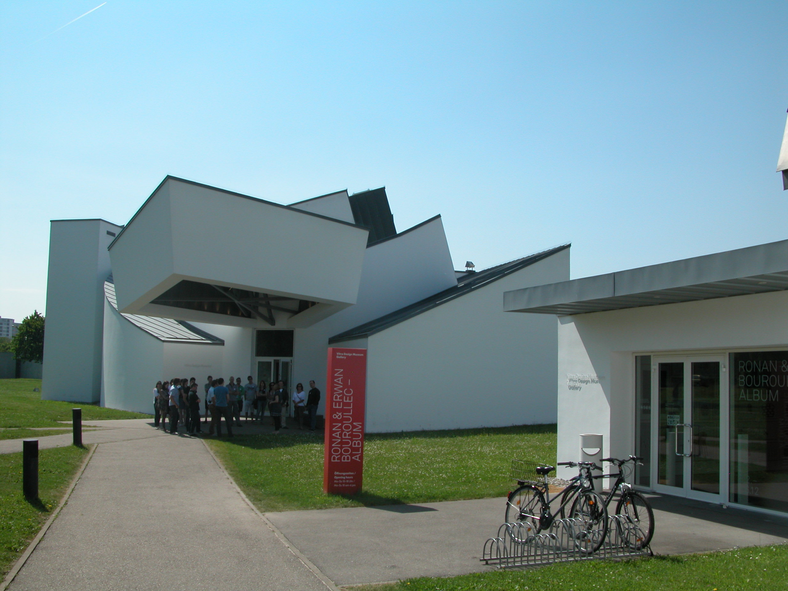 Vitra Design Museum Gallery File Vitra Design Museum And Gallery Entrance Jpg Wikimedia Commons