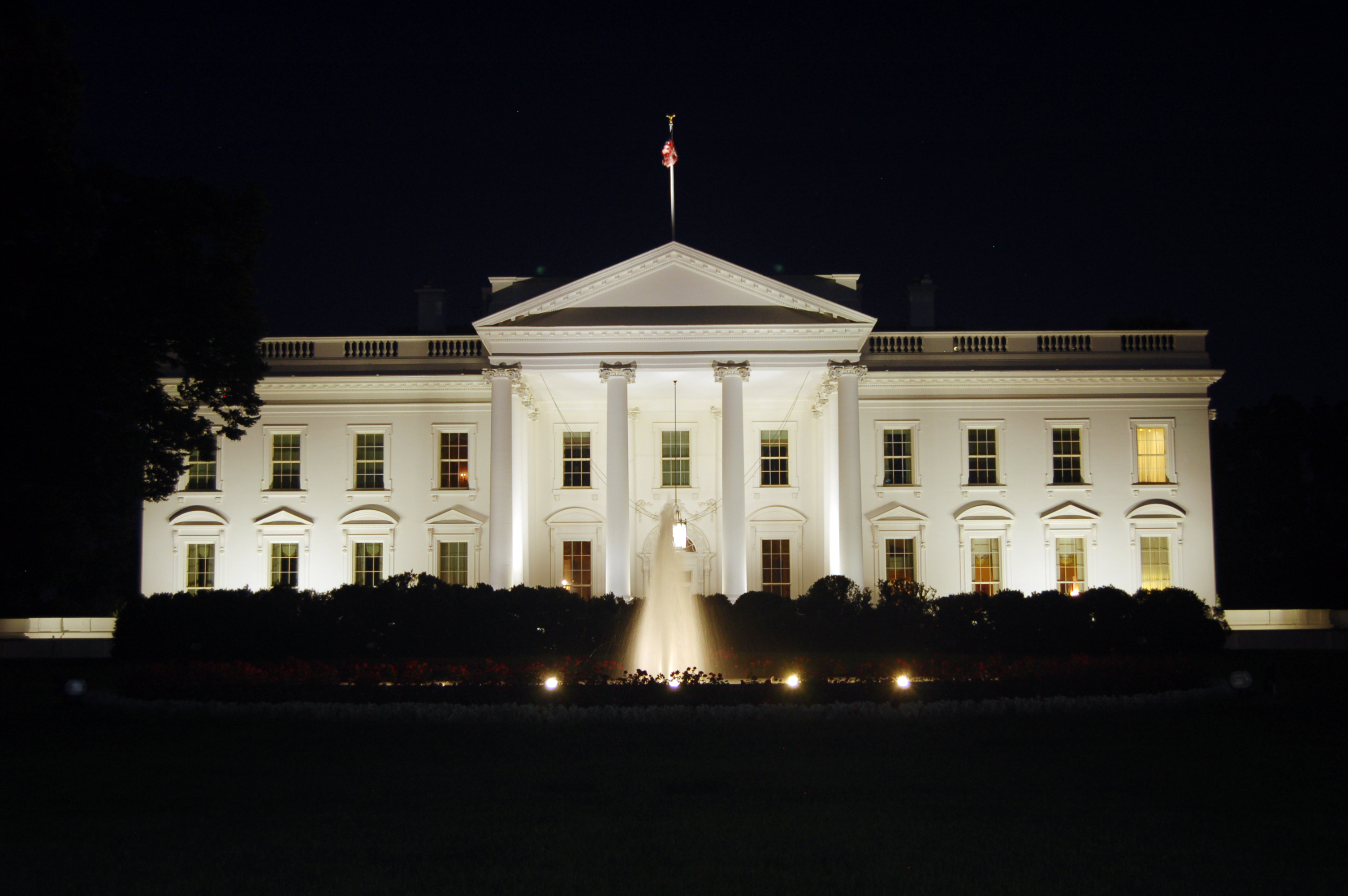 Earth Animated Wallpaper File The White House At Night 2011 Jpg Wikimedia Commons