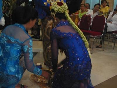 Description Pernikahan Jawa Javanese Wedding Bennylin
