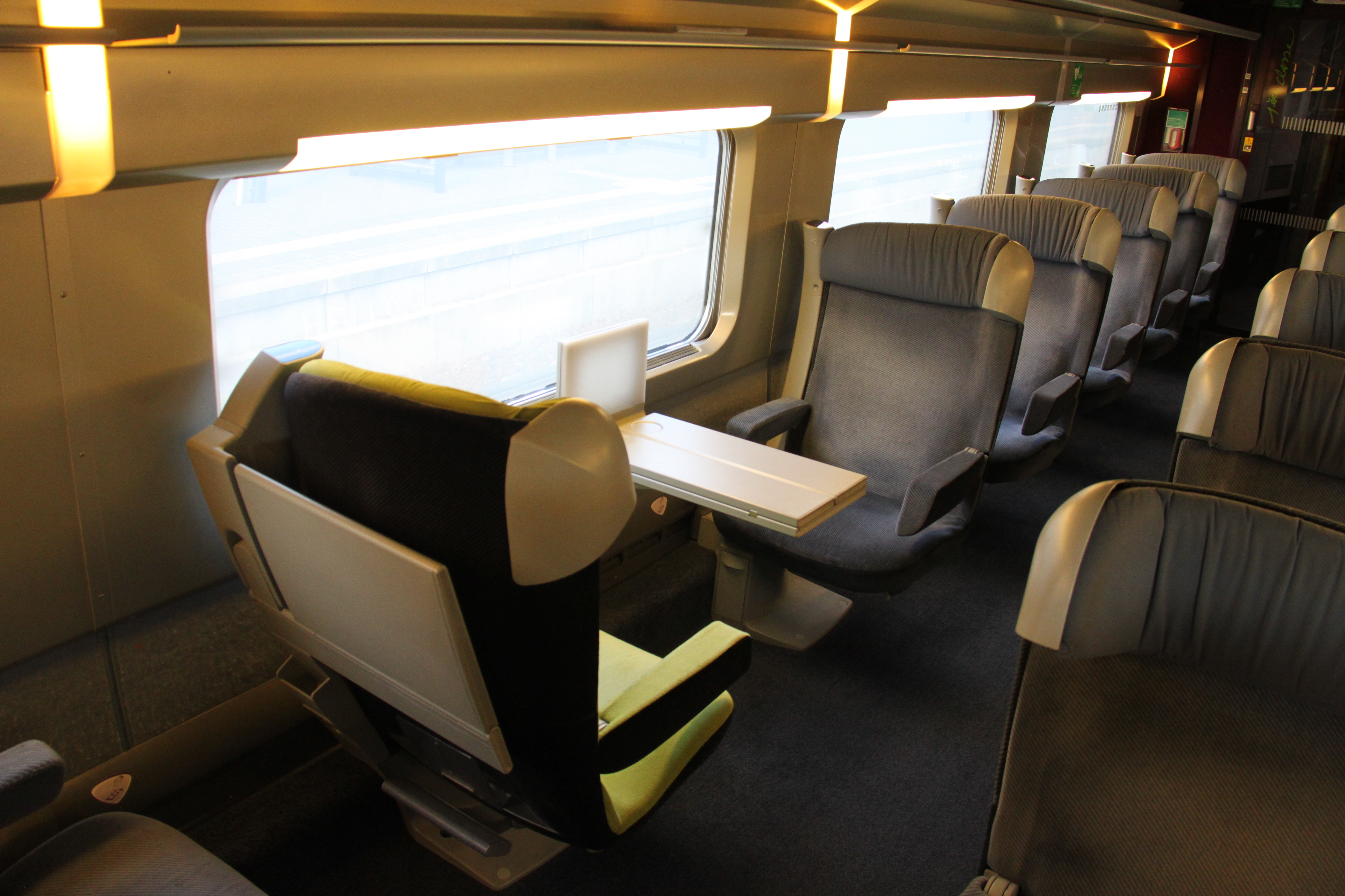 Design Interieur Tgv File Tgv Lacroix First Class Interior Detail Jpg