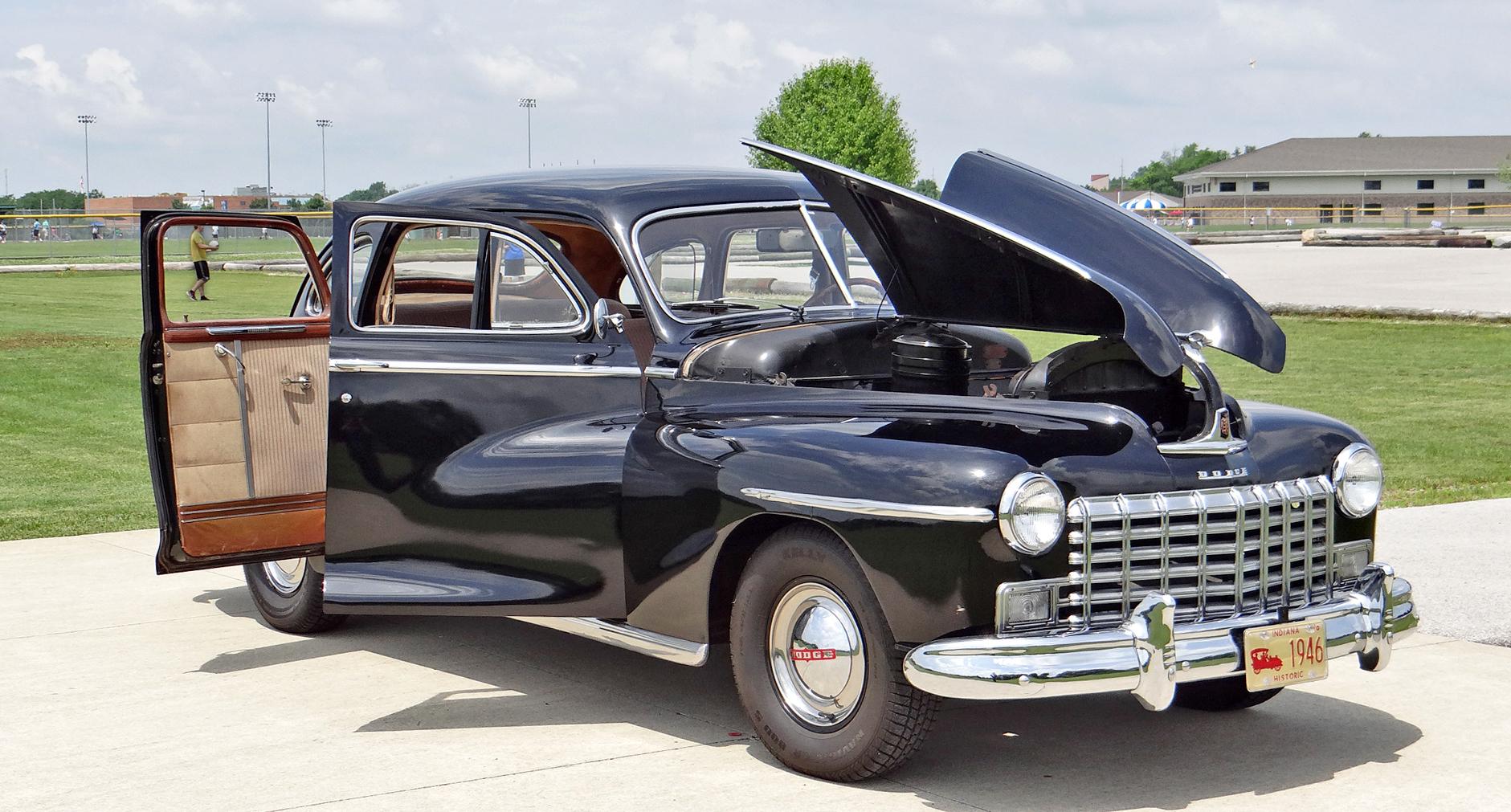File1946 Dodge D24c 4 Door Sedan Suicide Doors Gullwing