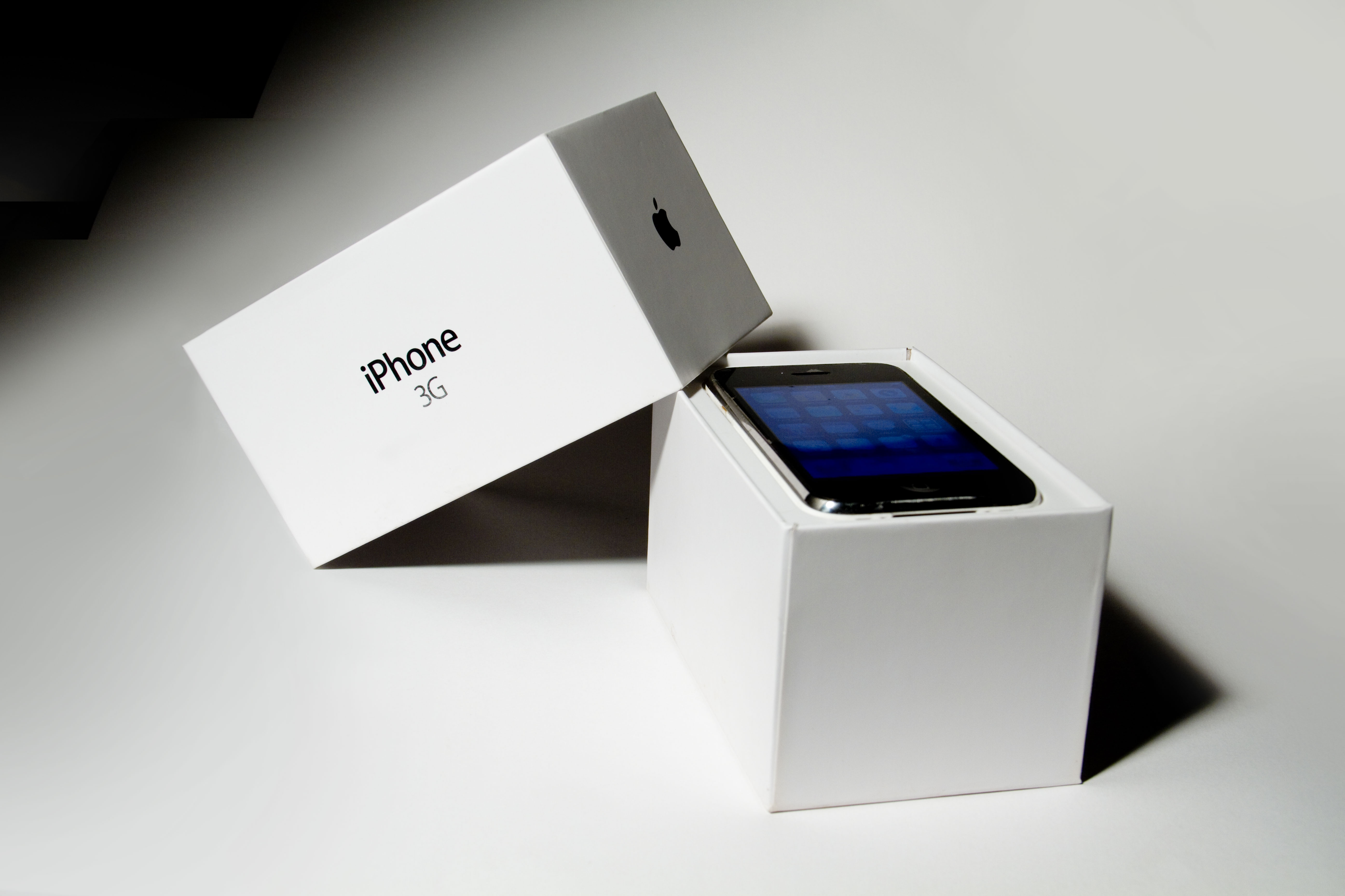Originelle Verpackungen File:an Iphone 3g In Its Original Packaging.jpg