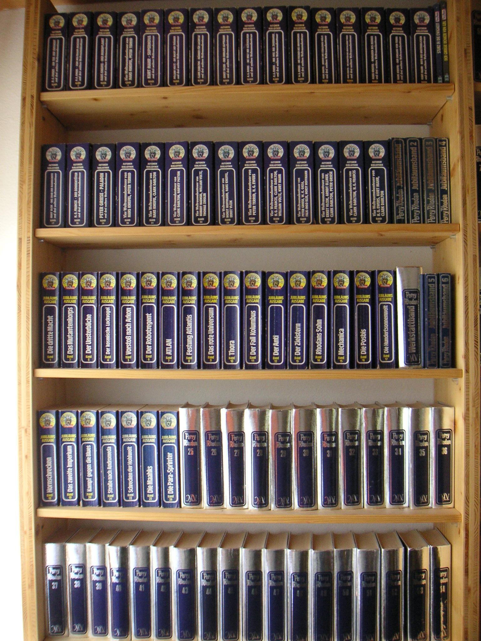 file buecherregal perry rhodan jpg wikimedia commons