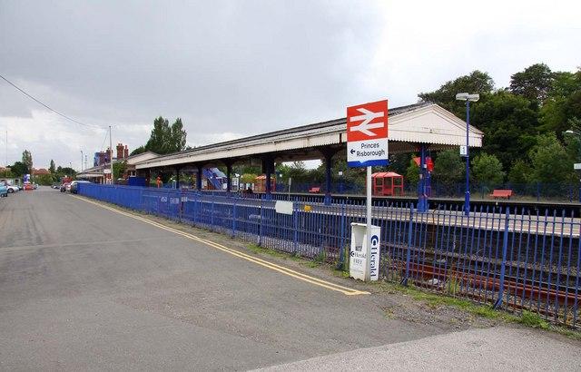Princes Risborough railway station - Wikipedia - new blueprint centre aylesbury