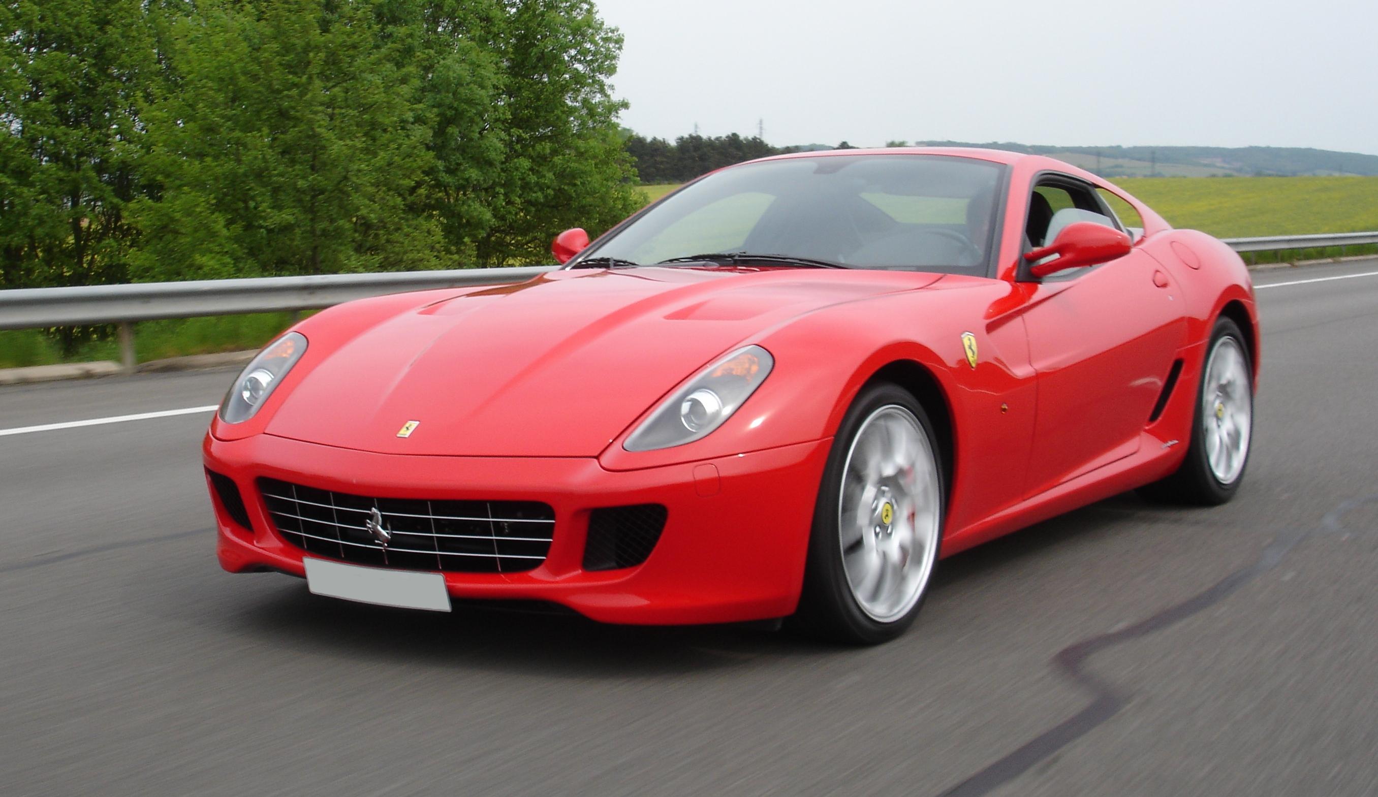 Descripci N Ferrari599 A6 1 JPG