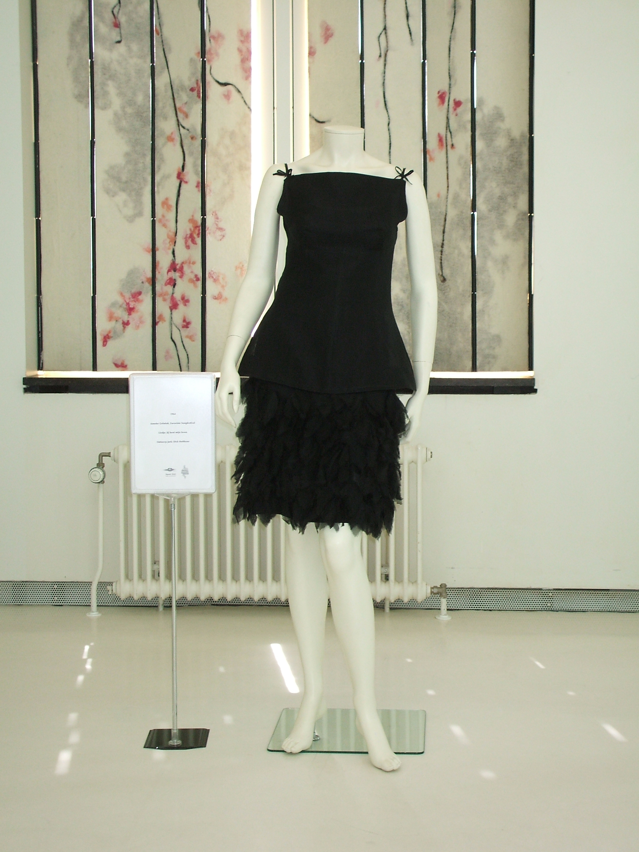 Dressing A Composer Little Black Dress Wikipedia