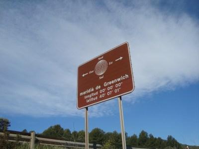 File:Meridiano de Greenwich (Puebla Tornesa, Castellón).JPG - Wikimedia Commons