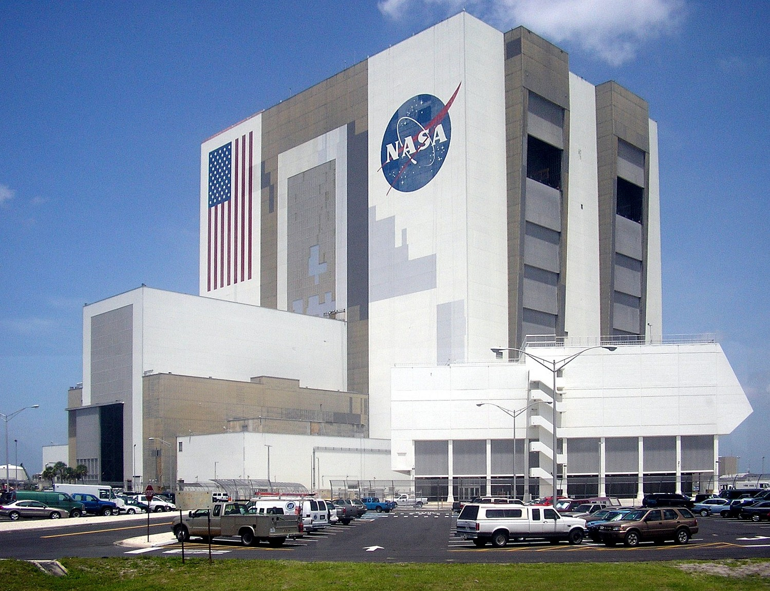Centre Commercial Buld Air Nasa Vehicle Assembly Building Titusville Florida Atlas Obscura