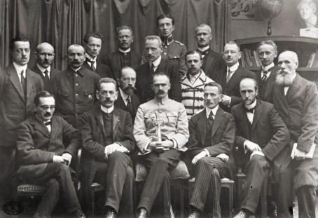 Tymczasowy Rząd Ludowy Republiki Polskiej(Rząd Jędrzeja Moraczewskiego)