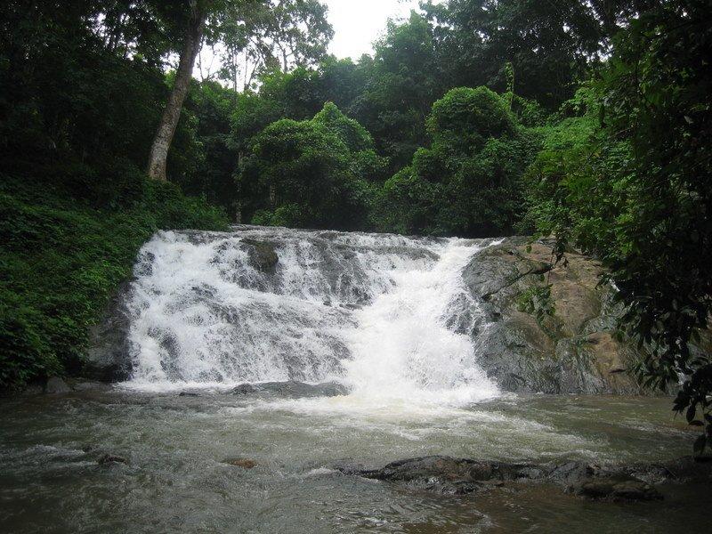 Wallpaper Of Water Fall Koodal Wikipedia