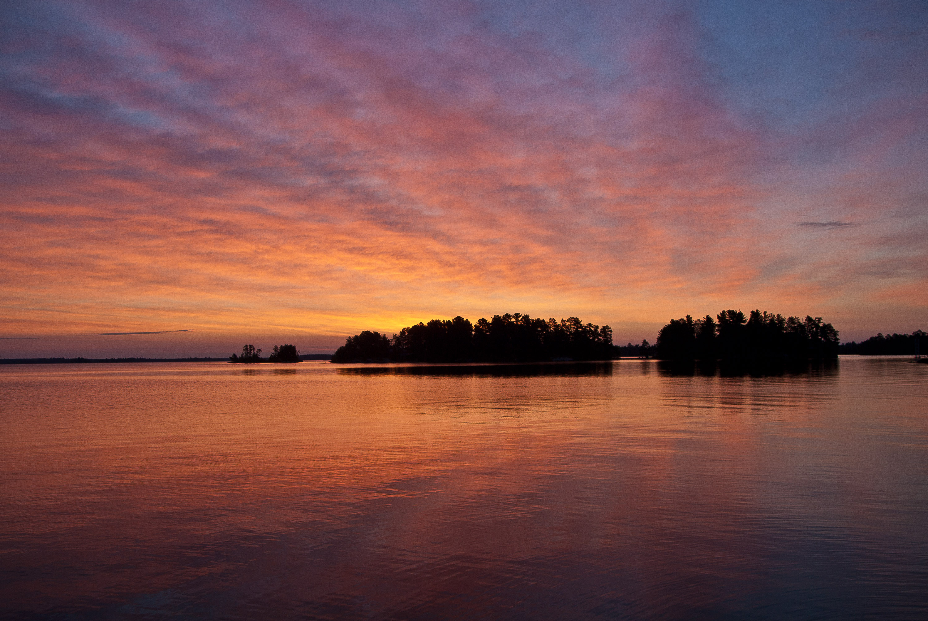 Fall Lake Wallpaper File Sunrise Rainy Lake Jpg Wikimedia Commons