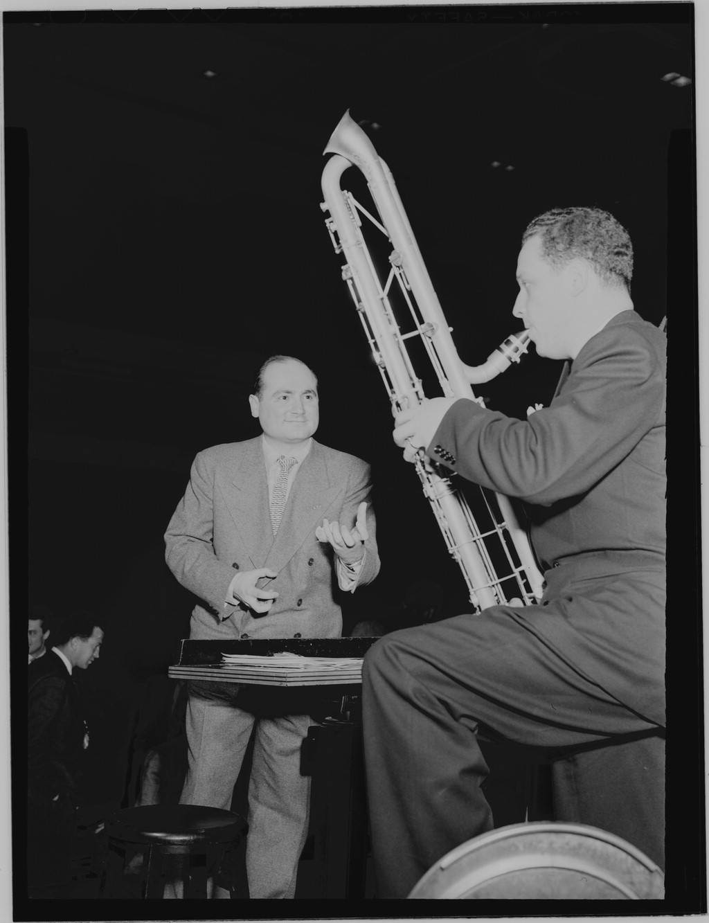 Artie Shaw Genre Jerry Gray Arranger Wikipedia