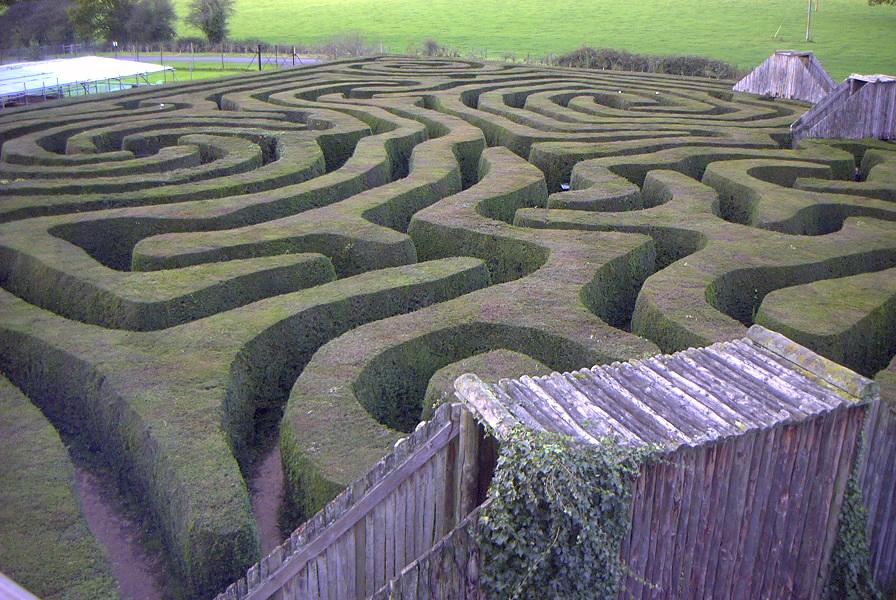 Maze - Wikipedia