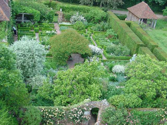 Garden design - Wikipedia