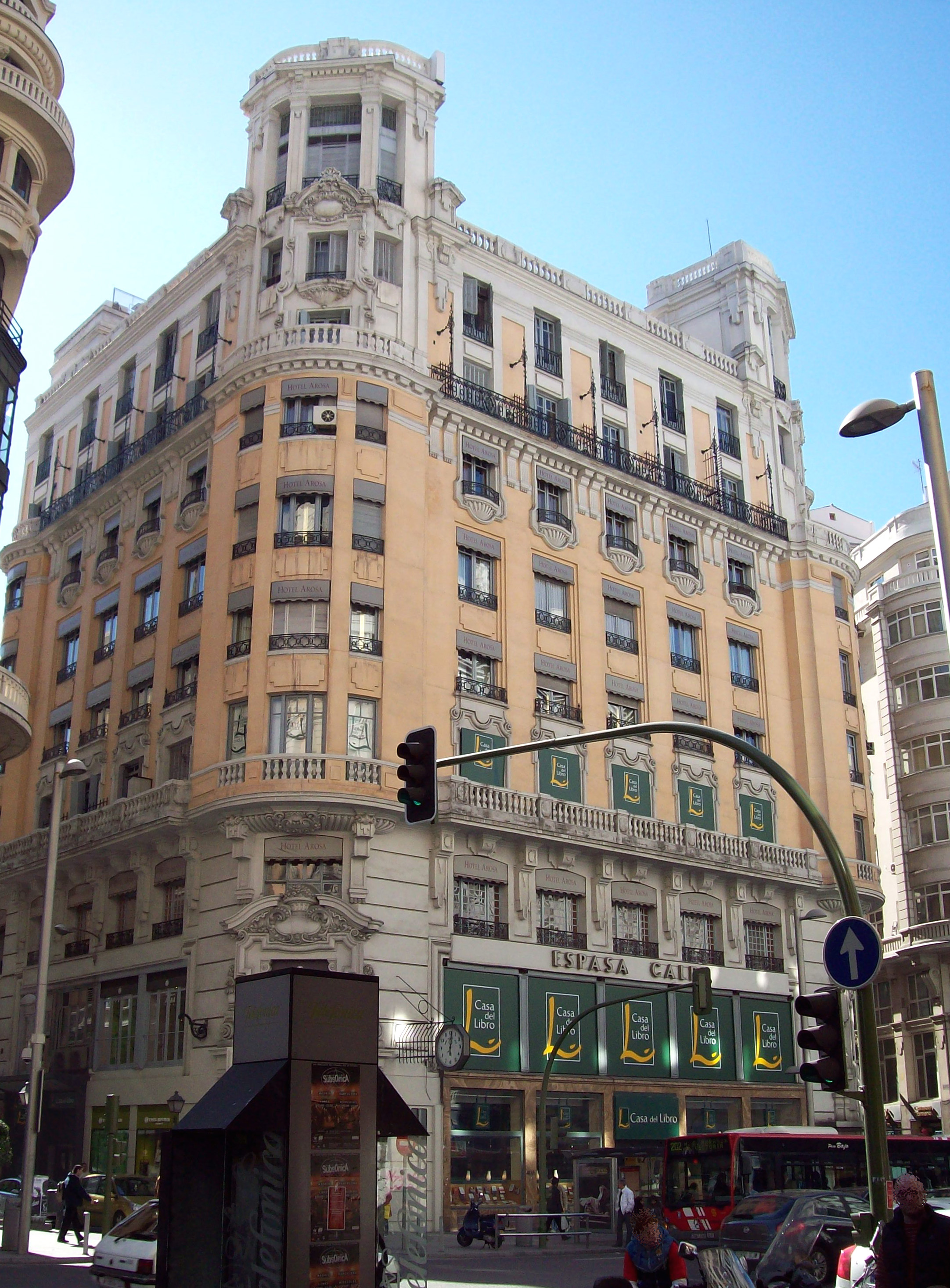 La Casa Del Libro Madrid Gran Via File Gran Vía 29 Madrid 03 Jpg Wikimedia Commons
