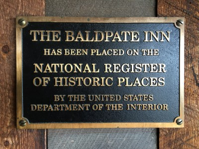 File:National Register of Historic Places, metal plaque.jpg - Wikipedia