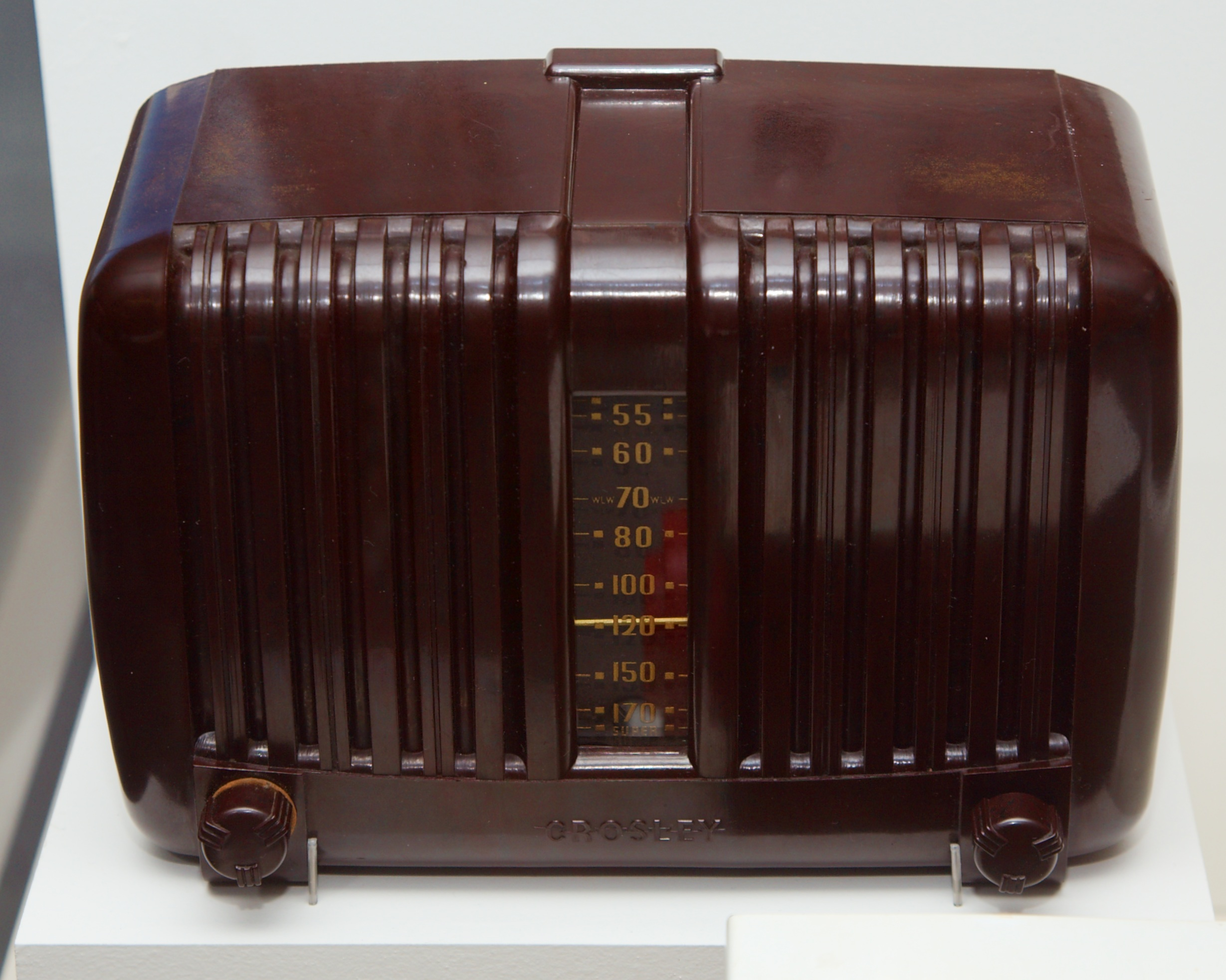 Crosley Radio File Crosley Radio Jpg Wikimedia Commons
