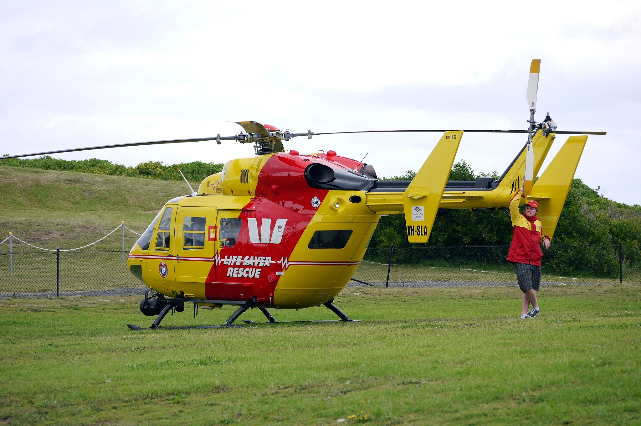 File westpac rescue helicopter service bk 117 flickr