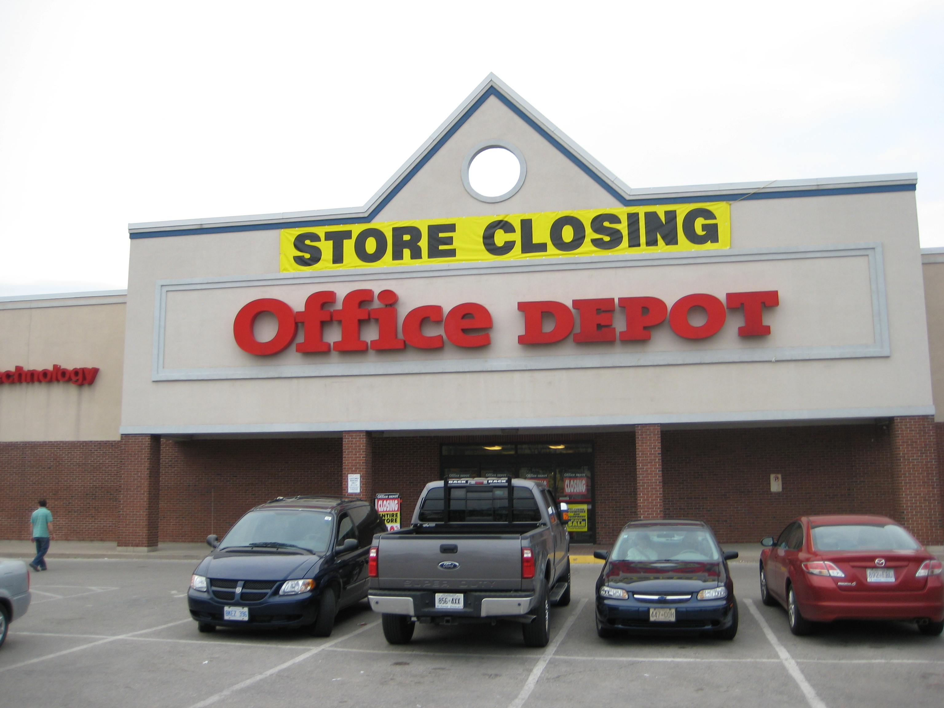 Office Depot Wikipedia File Thornhill Office Depot At Steeles May 2011 Panoramio Jpg