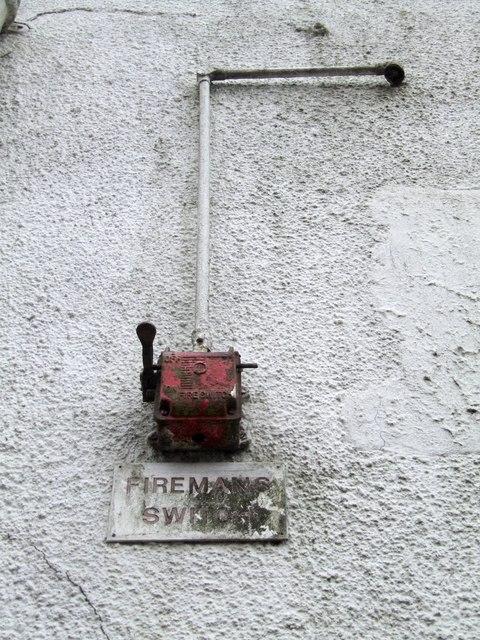 Fireman\u0027s switch - Wikipedia