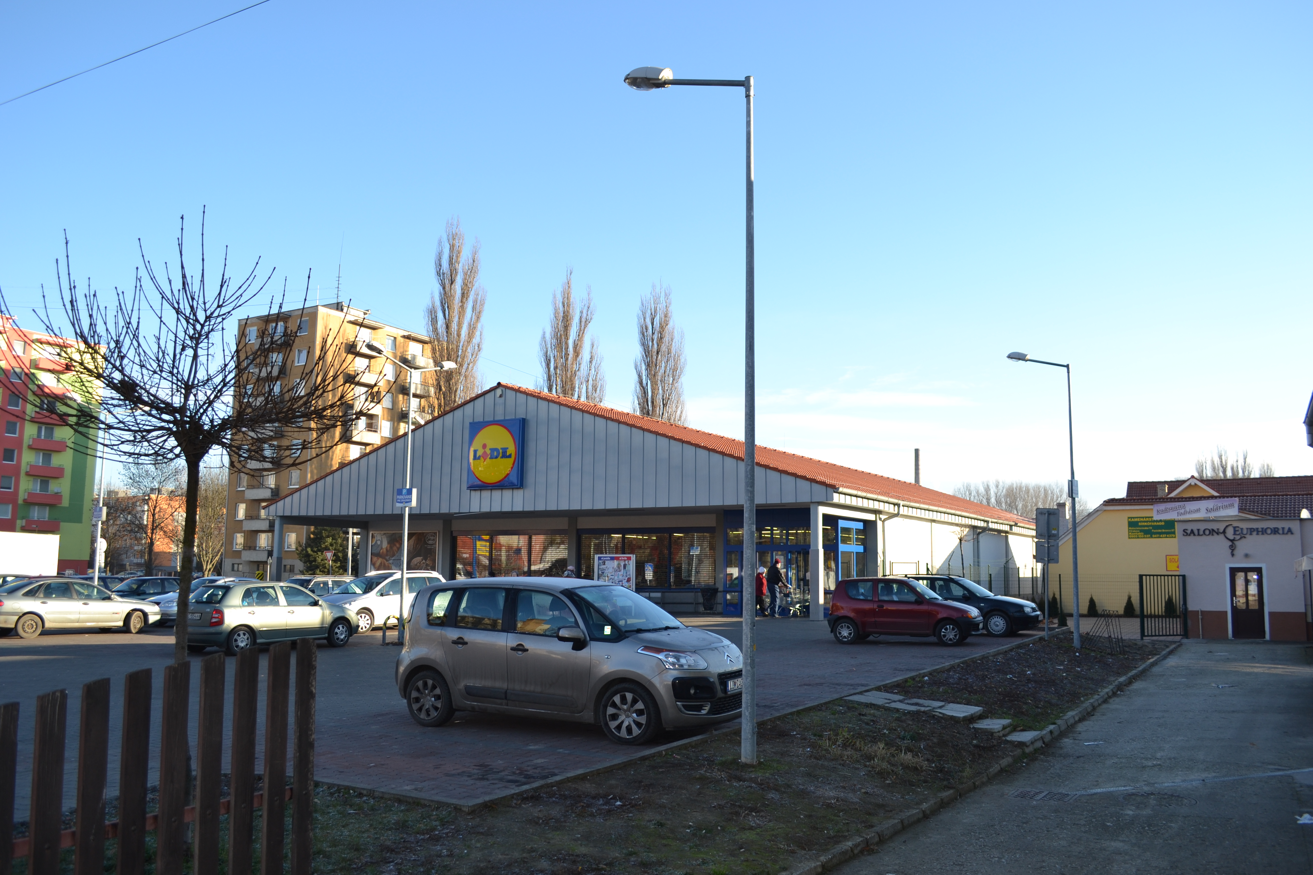 Lidl Salon File Fiľakovo Lidl Jpg Wikimedia Commons