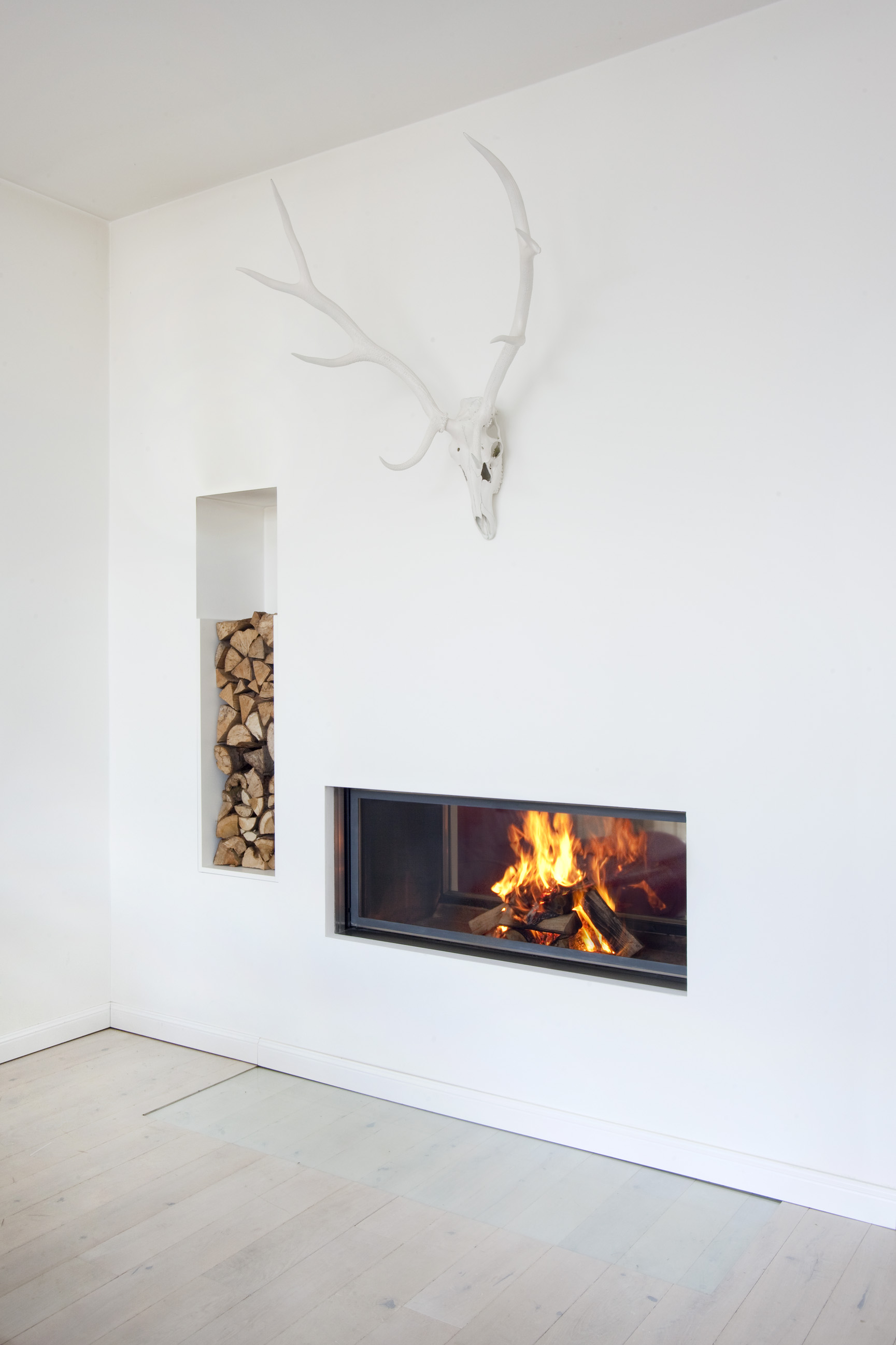 Modern Fireplaces File Modern Fireplace 7594 Jpg