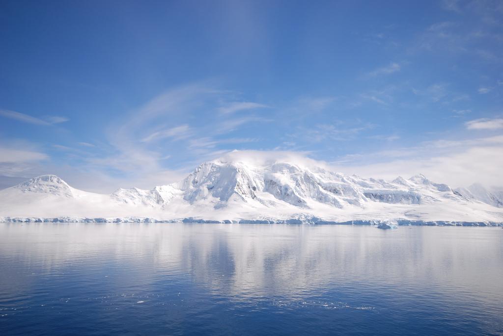 Under The Sea Wallpaper Hd File Antarctica Blue White Blue Jpg Wikimedia Commons