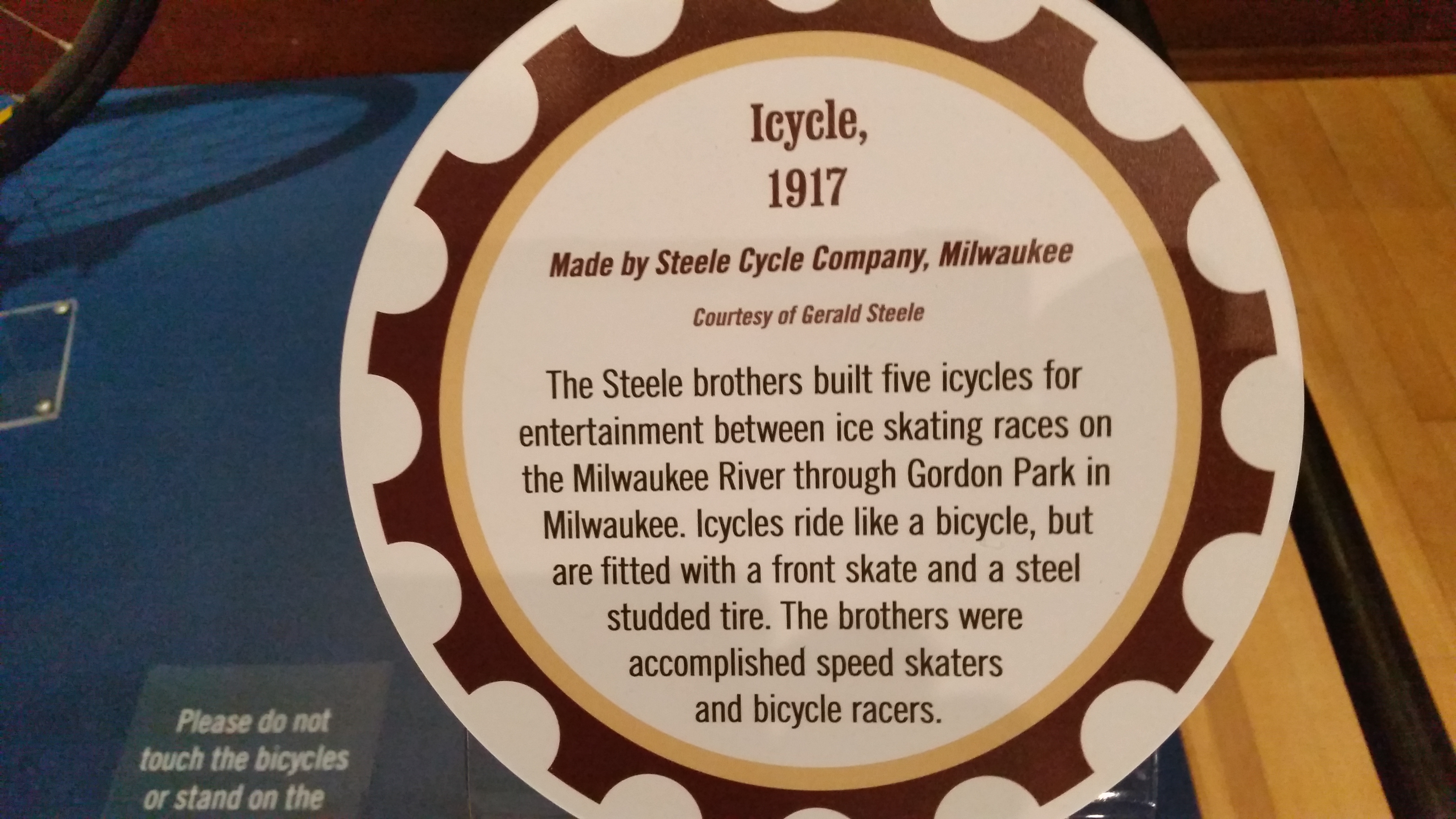 Placard But File Icycle Museum Placard Jpg Wikipedia