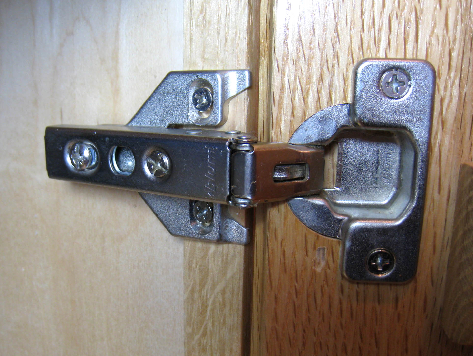 European Kitchen Cabinet Hinges File Euro Hinge 1 Jpg Wikimedia Commons