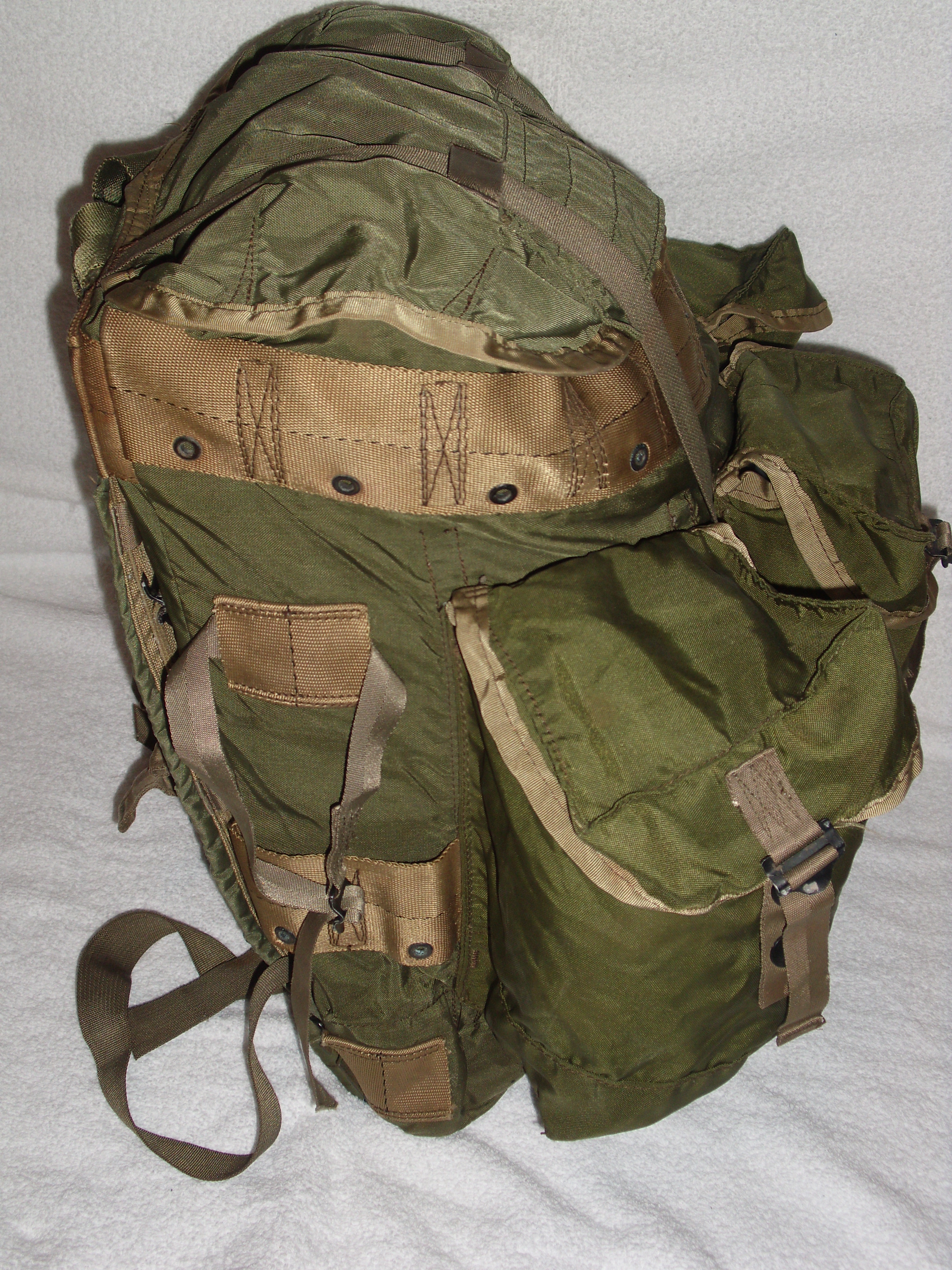 Picnic Backpack Australia File Tropical Rucksack 3 Jpg Wikimedia Commons