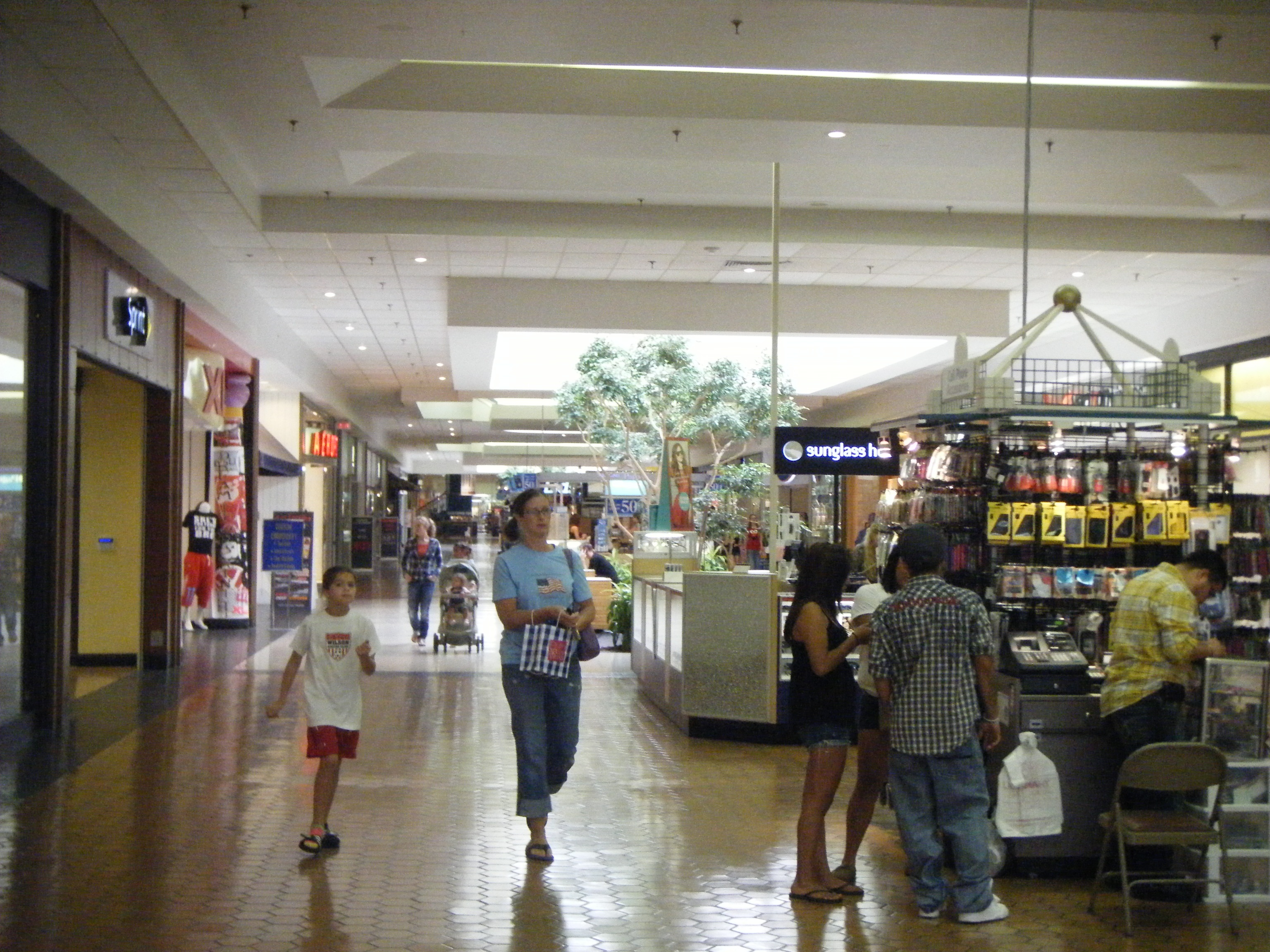 Art Stores In Hamilton File Berkshire Mall Pa From Sears Jpg Wikimedia Commons