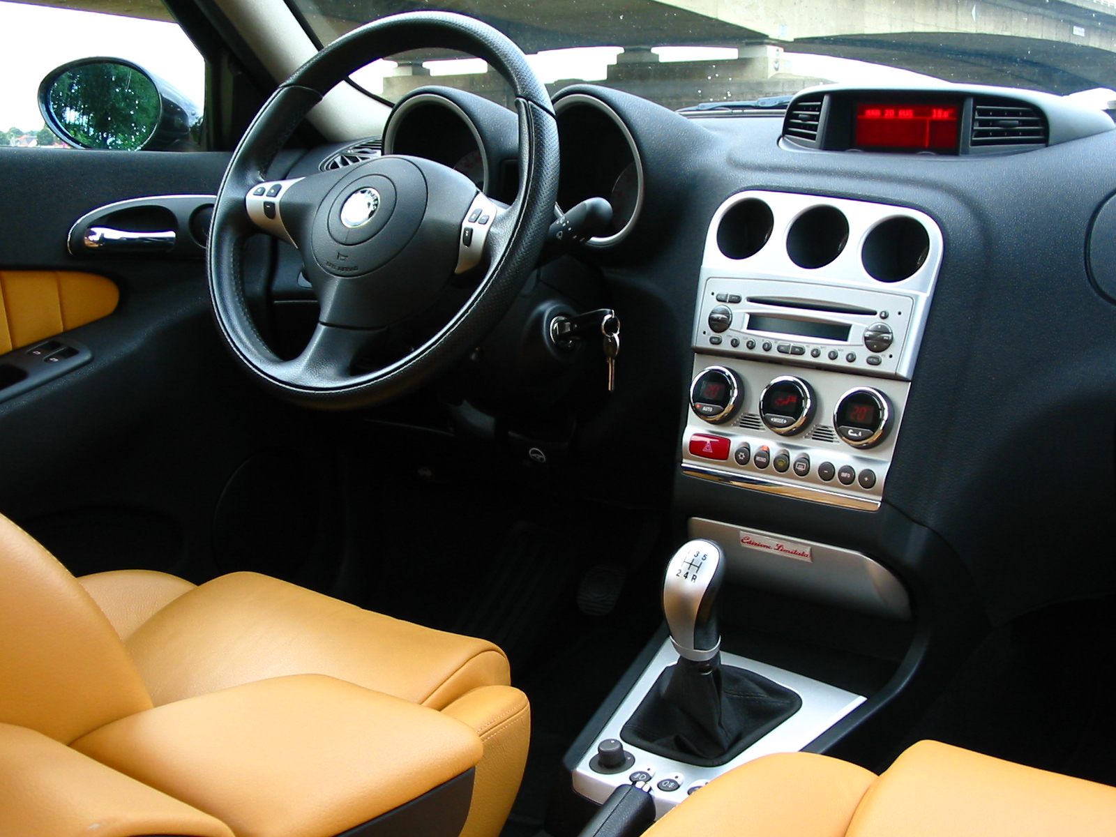 Alfa 147 Interieur File Alfa Romeo 156 2nd Series Interior 2 Jpg Wikimedia Commons