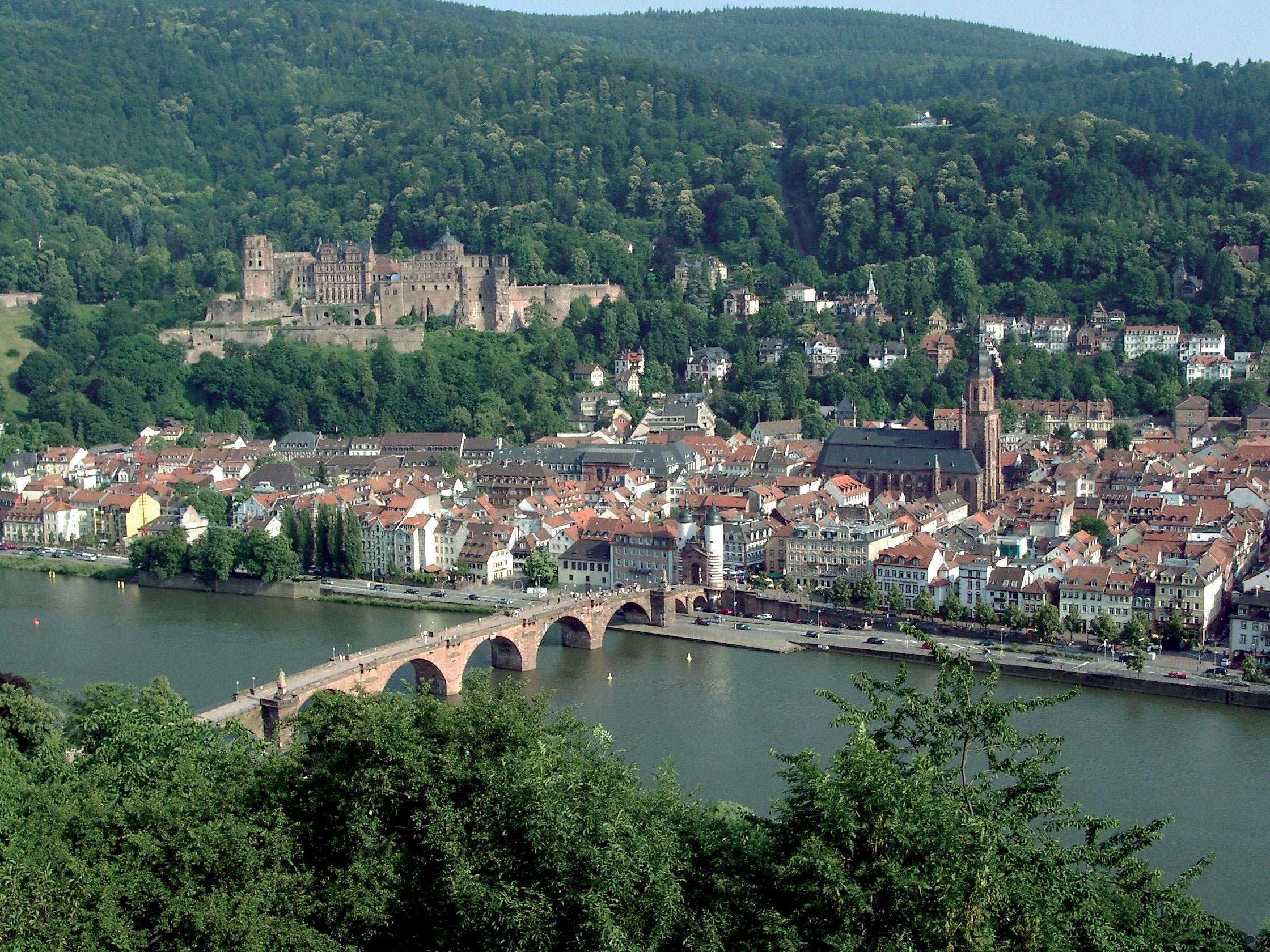 Heidelberg Alemania Heidelberg Castle A Famous Ruin In Germany And Landmark