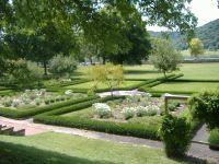 File:Lanier Mansion garden.JPG - Wikimedia Commons