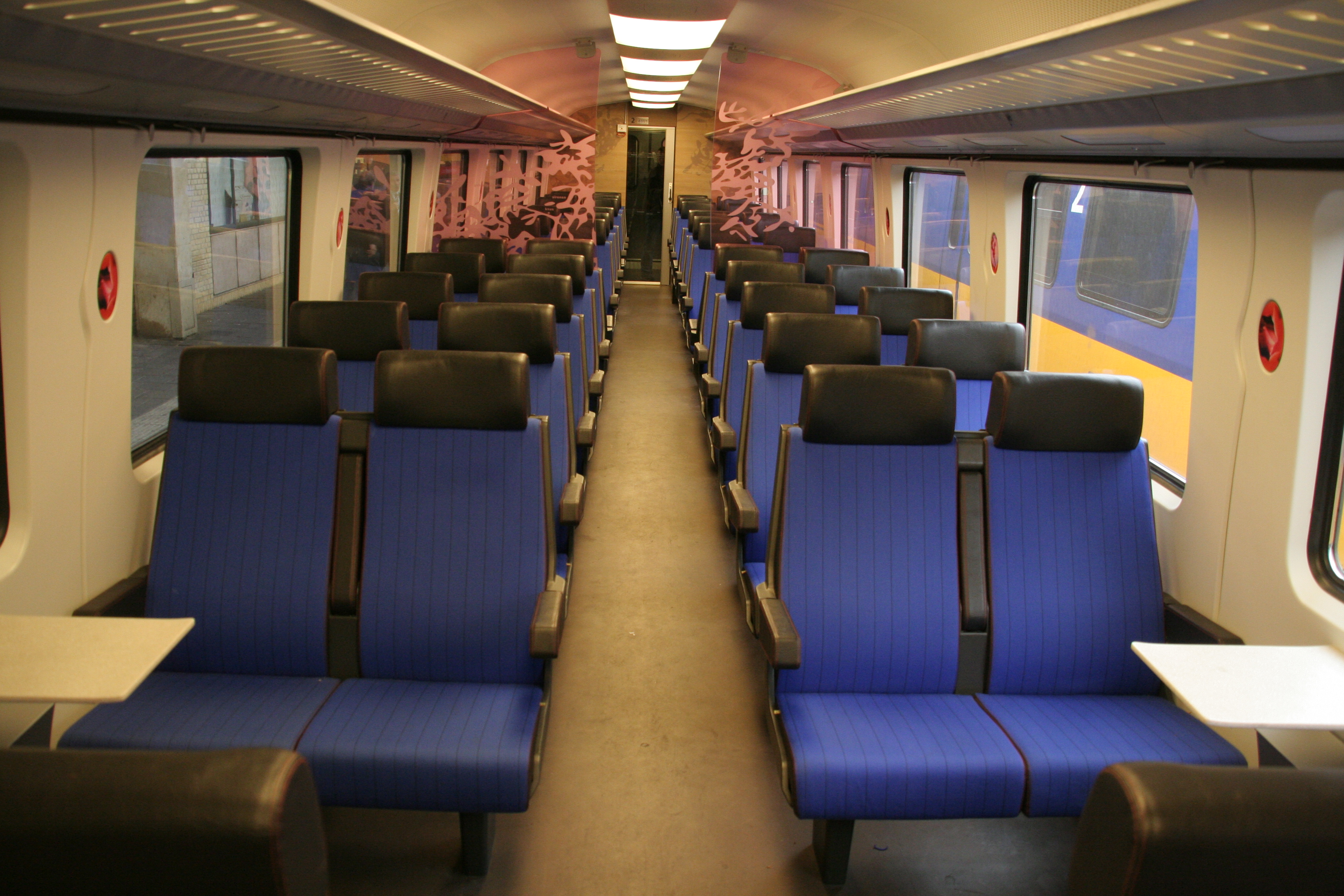 Ns Icr Interieur Interior Design In Means Of Transportation