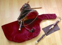 File:Uilleann pipes-practice set.jpg - Wikimedia Commons