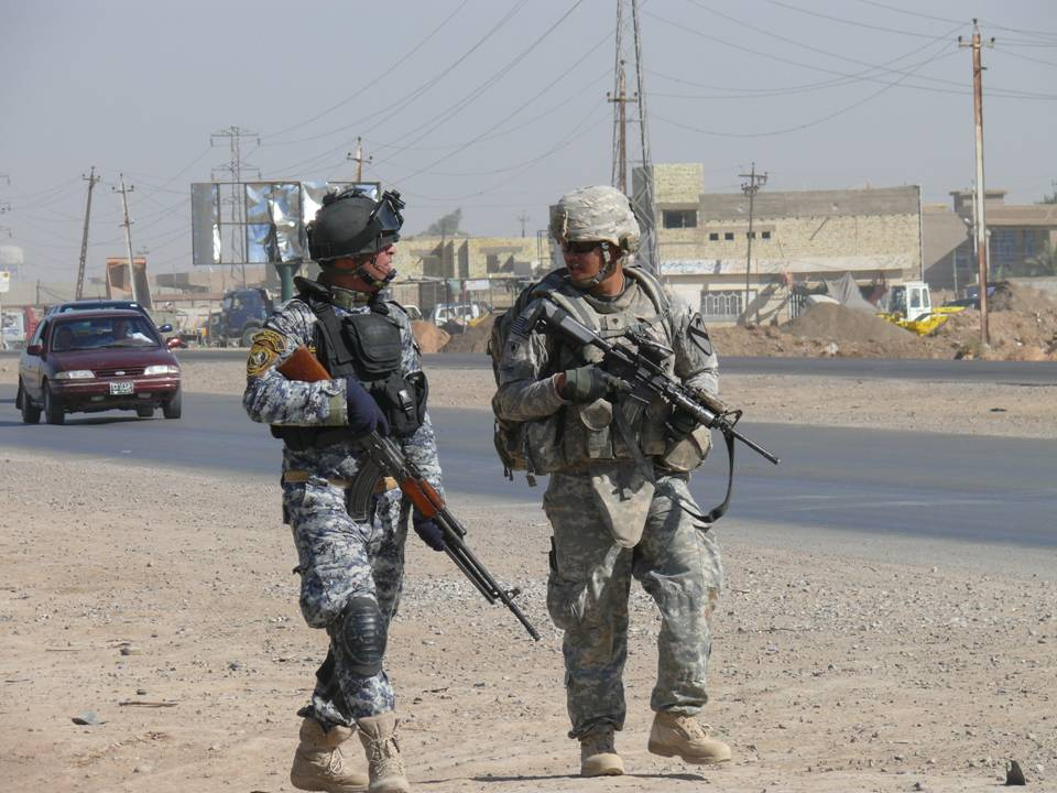 FileUS Army 52929 BAGHDAD-Milpitas, Calif native Spc Glenn Escano
