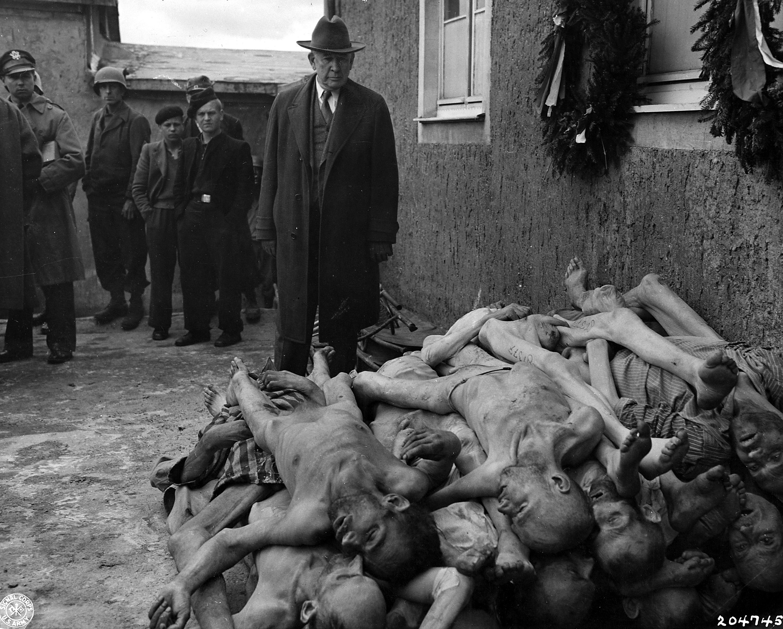 Пытки фашистов над девушками 12 фотография