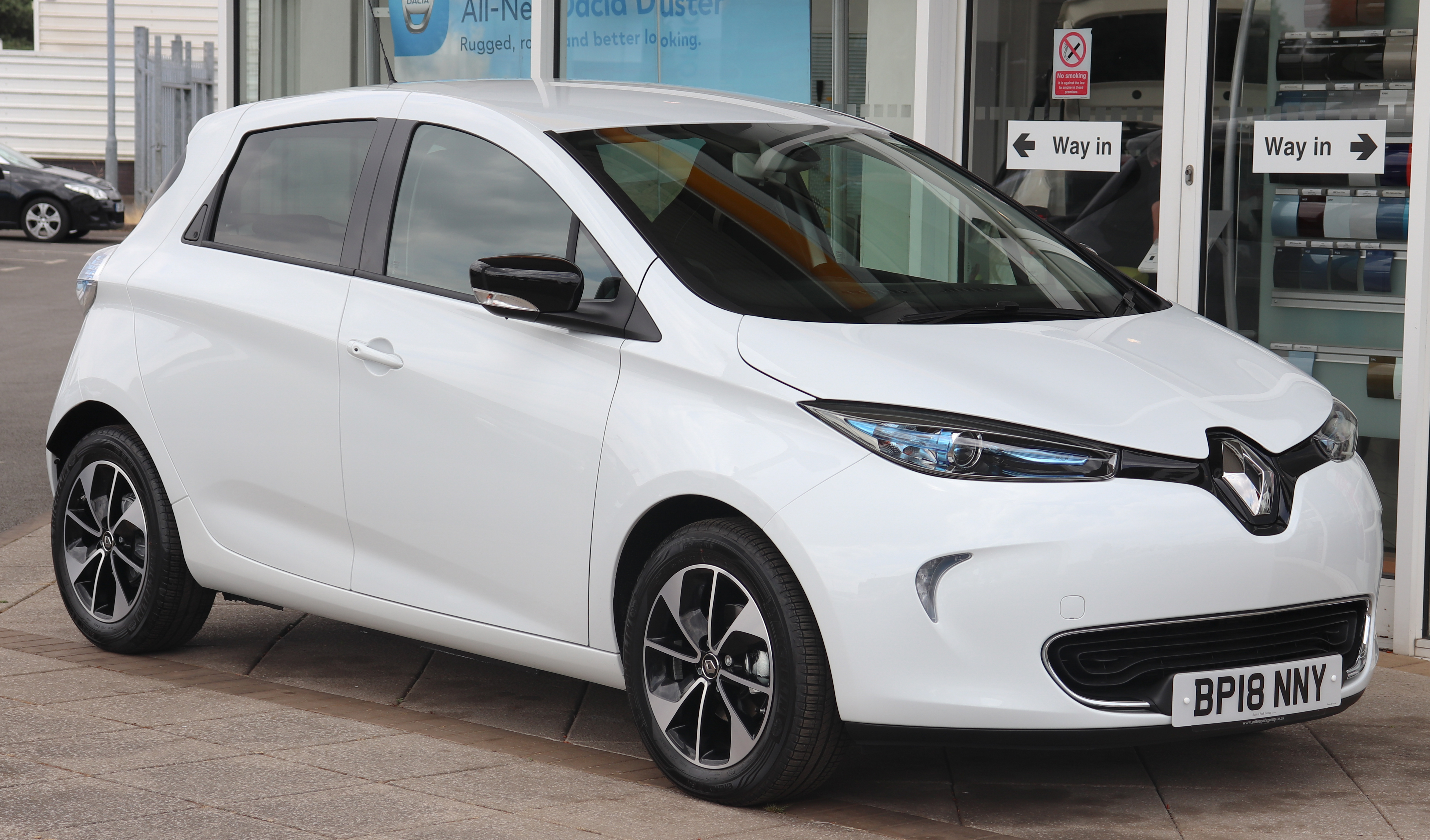 Electric Car Battery Lease Renault Zoe Wikipedia