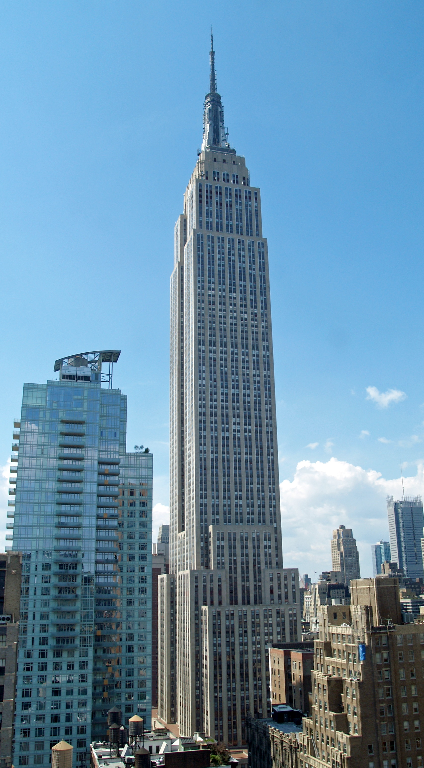 Appart Hotel Roses Espagne Empire State Building New York | Arts Et Voyages