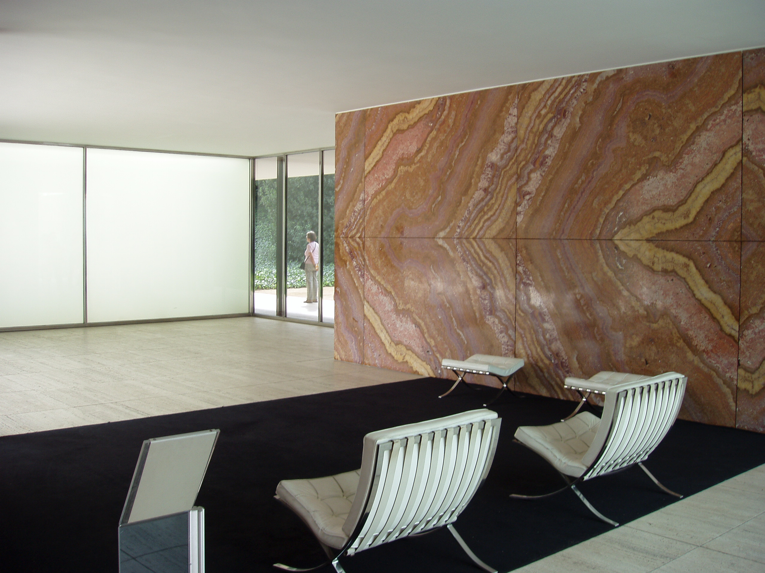 Sessel Wikipedia File:pavelló Mies 07.jpg - Wikimedia Commons